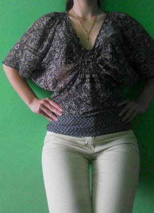 Блуза с орнаментом рукав летучая мышь