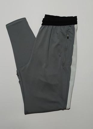 Nike оригинал спортивные штаны зауженные донизу размер s