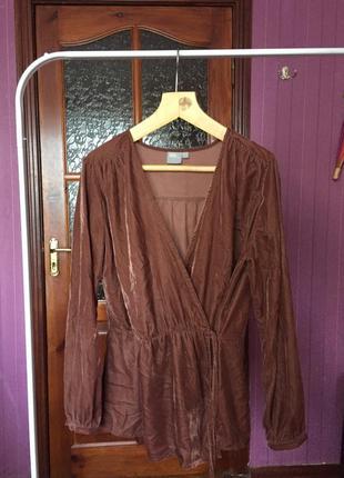 Коричневая теплая блузка на запах в стиле бохо