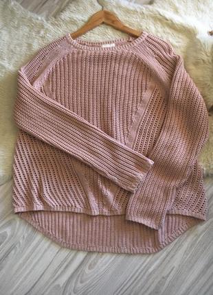 Бежевый вязаный свитер джемпер