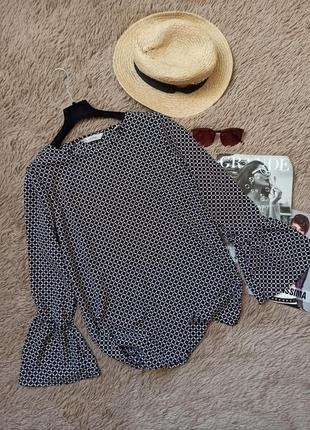 Шикарная блузка с клешенными рукавами/блуза орнамент/кофточка