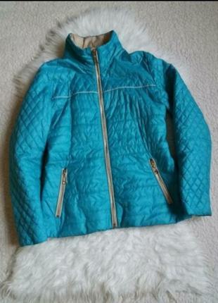 Легкая курточка на синтепоне