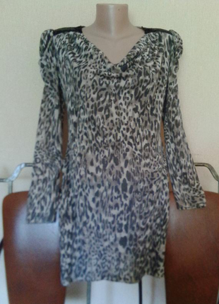 Итальянское фирменное короткое платье с рукавом вискоза принт италия