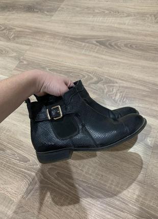 Ботиночки низкие с ремешком обмен