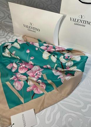 Шёлковый платок шарф с ручной обработкой края