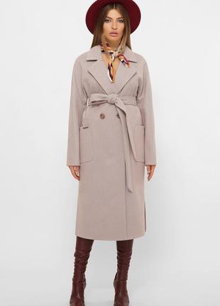 Элегантное двубортное пальто