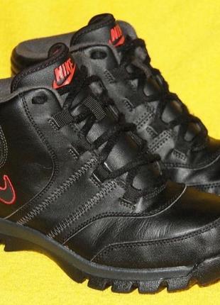 Кожаные ботинки nike