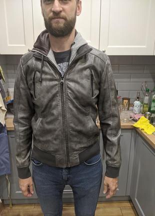 Демисезонная куртка colins