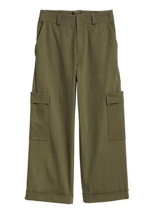 Широкий же брюки кюлоты в стиле карго
