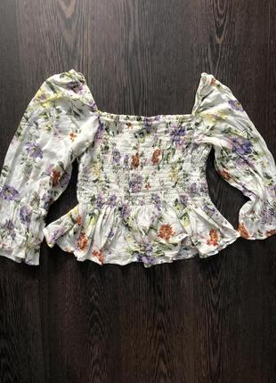 Милая блуза в цветы