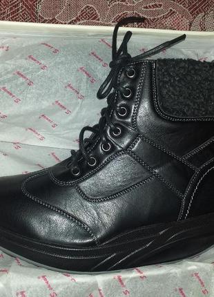 Зимние осенние ботинки на платформе чёрные