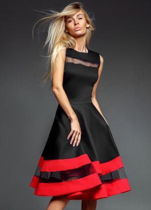 Эффектное пышное платье