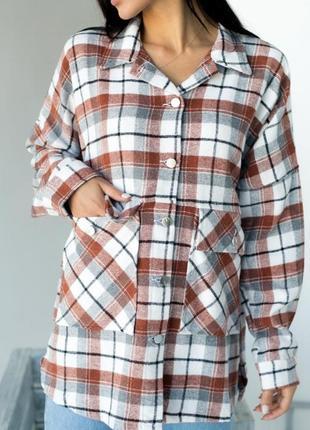 Стильная рубашка пальто в клетку