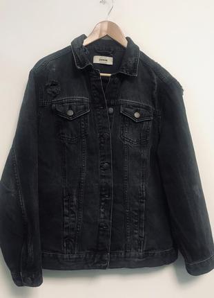 Джинсовая куртка пиджак с потертостями