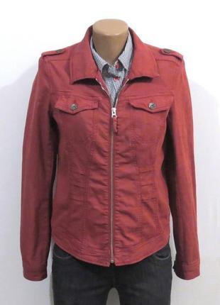 Базовая джинсовка куртка красная от revolution