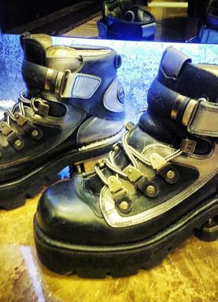 Культовые ботинки new rock кожа и металл