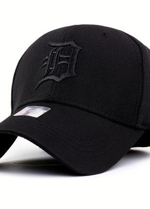 Бейсболка сплошная черная