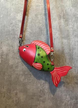Натуральная кожа сумочка рыбка