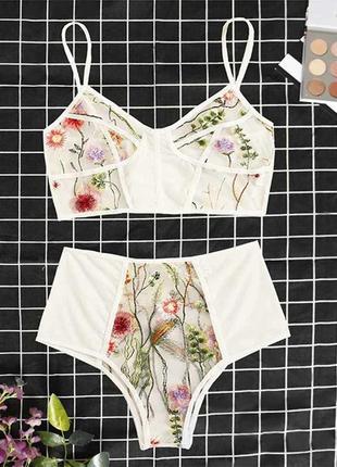 Сексуальное женское нижнее белье, комплект. цветочная вышивка