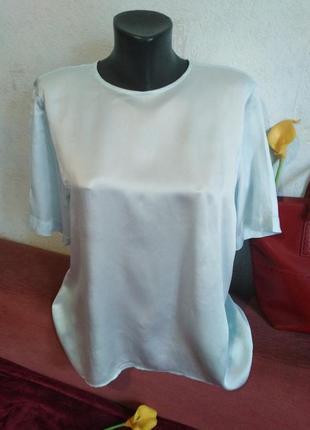 Шелковая блузочка с интересной спинкой