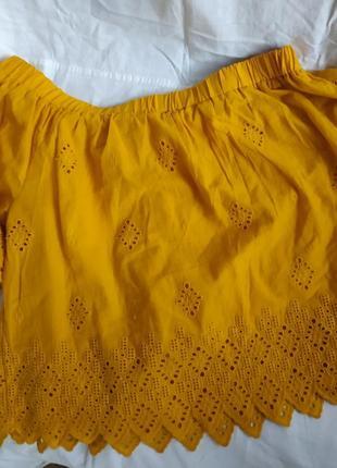 Очень стильная блуза горчичного цвета