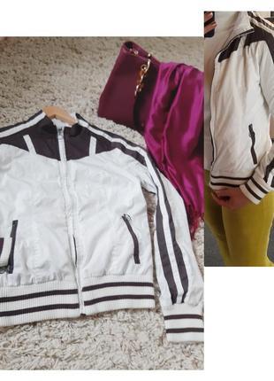 Актуальная легкая куртка/ветровка/бомбер, chicoree,  p. xs- s