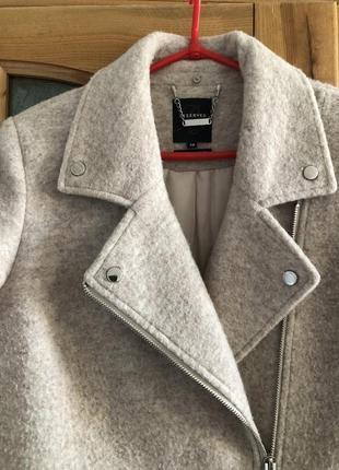Шерстяное пальто reserved