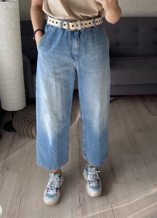 Актуальные широкие джинсы cos