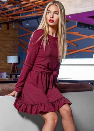 Платье с рюшами gepur красное бордовое (марсала)