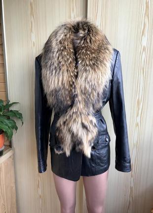 Кожаная куртка с натуральным мехом. осень -зима