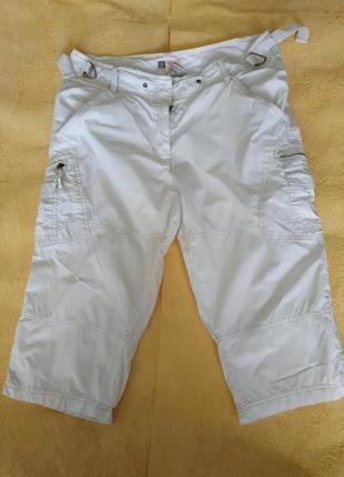 Белые шорты до колен