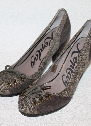 Шикарные туфли от replay натуральная кожа+твид