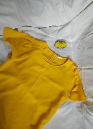 Яркая жёлтая лёгкая блуза блузка