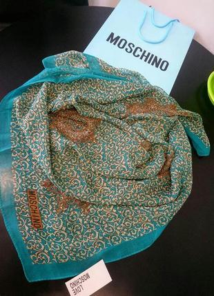 Шелковый платок шарф в стиле moschino