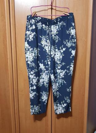 Летние большие вискозные штаны, легкие темно-синие брюки в цветах