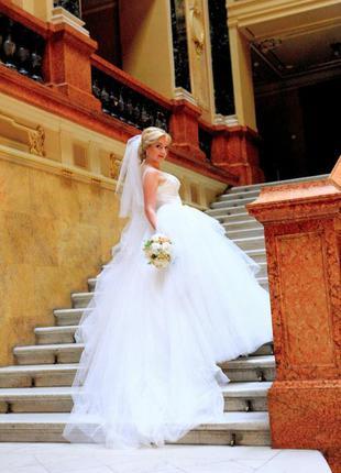 Щасливе весільне плаття від oksana mukha