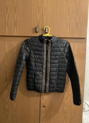 Темно-серая осенняя куртка, демисезонная