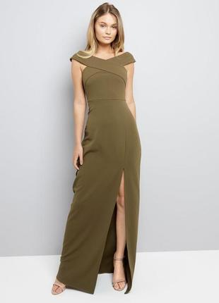 Красивое платье макси в оливковом цвете