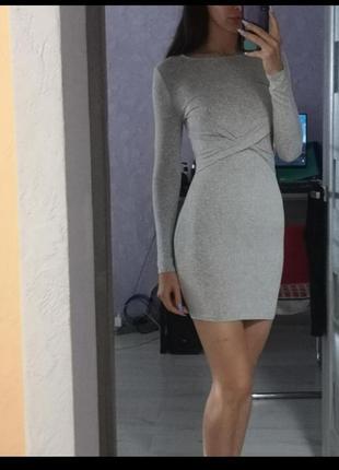 Трикотажное платье базовое