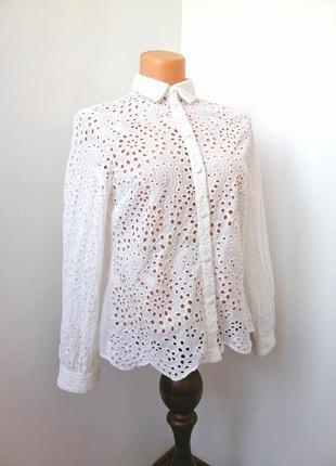 Блуза женская нарядная с перфорацией