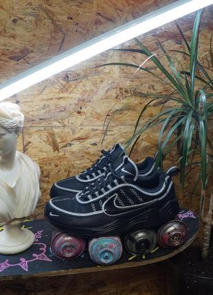 Kроссовки с рефлективными вставками nike air zoom spiridon 16