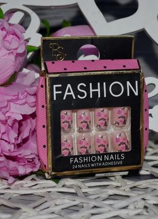 Искусственные накладные ногти типсы fashion nails x 24 ferne