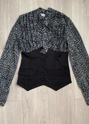 Блуза с корсетом