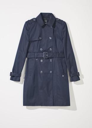 Двубортное пальто с эполетами и поясом