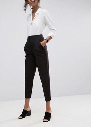 Супер стильные брюки мом m/l reserved швеция 🇸🇪