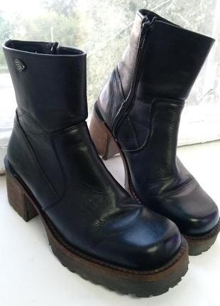 Ботинки docker's by gerli
