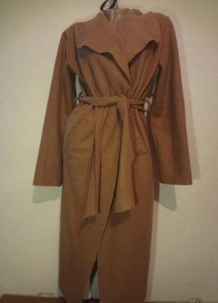 Двубортное пальто про-ва италия размер м l