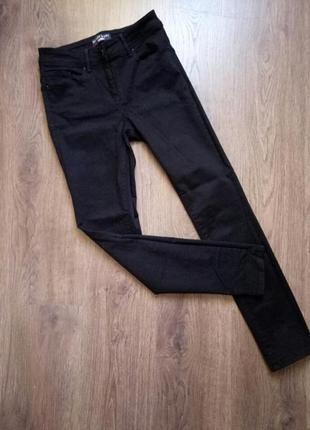 Черные джинсы скинни с высокой посадкой размер 8