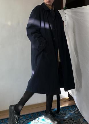 Однобортный плащ тренч тёплый плотный винтаж темно-синий винтаж оверсайз объёмный