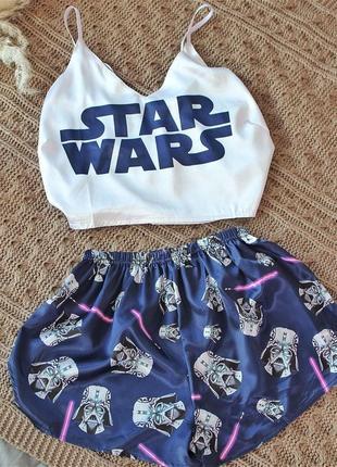 Шелковые пижамы много принтов